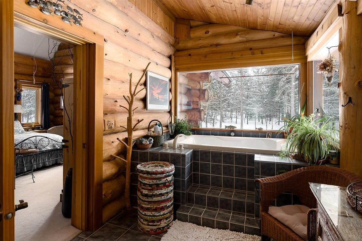 This Log Cabin In The Woods Of Wisconsin Is The Ultimate Secluded Escape In 2020 Cabins For Sale Cabins In The Woods Log Cabins For Sale