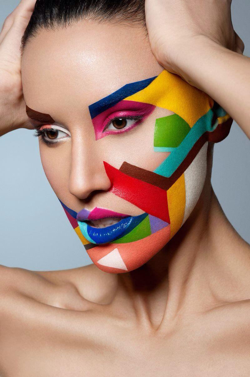 Geometric in 2019 Fantasy makeup, Creative makeup, Make