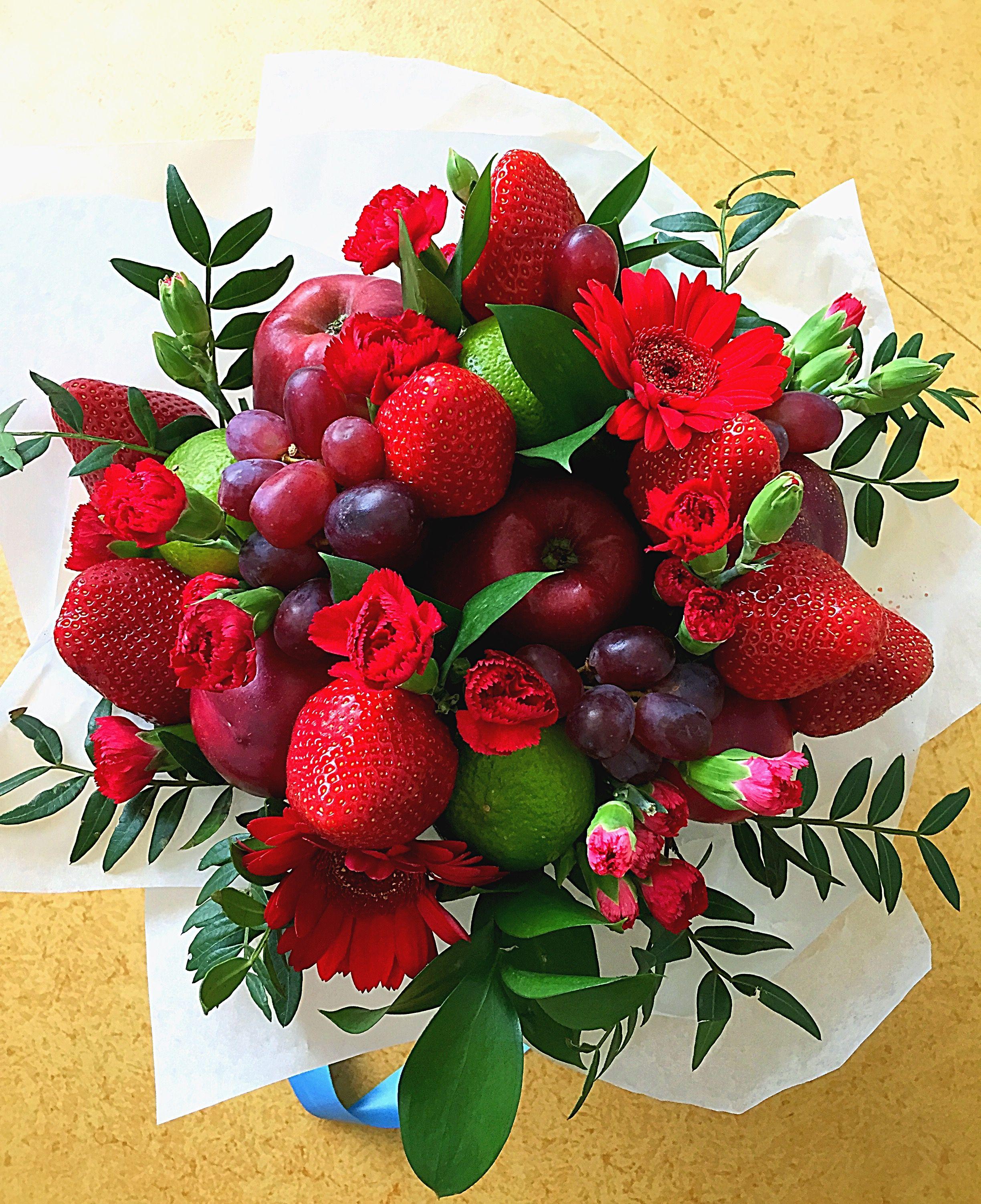 Картинки, открытки с цветами и фруктами