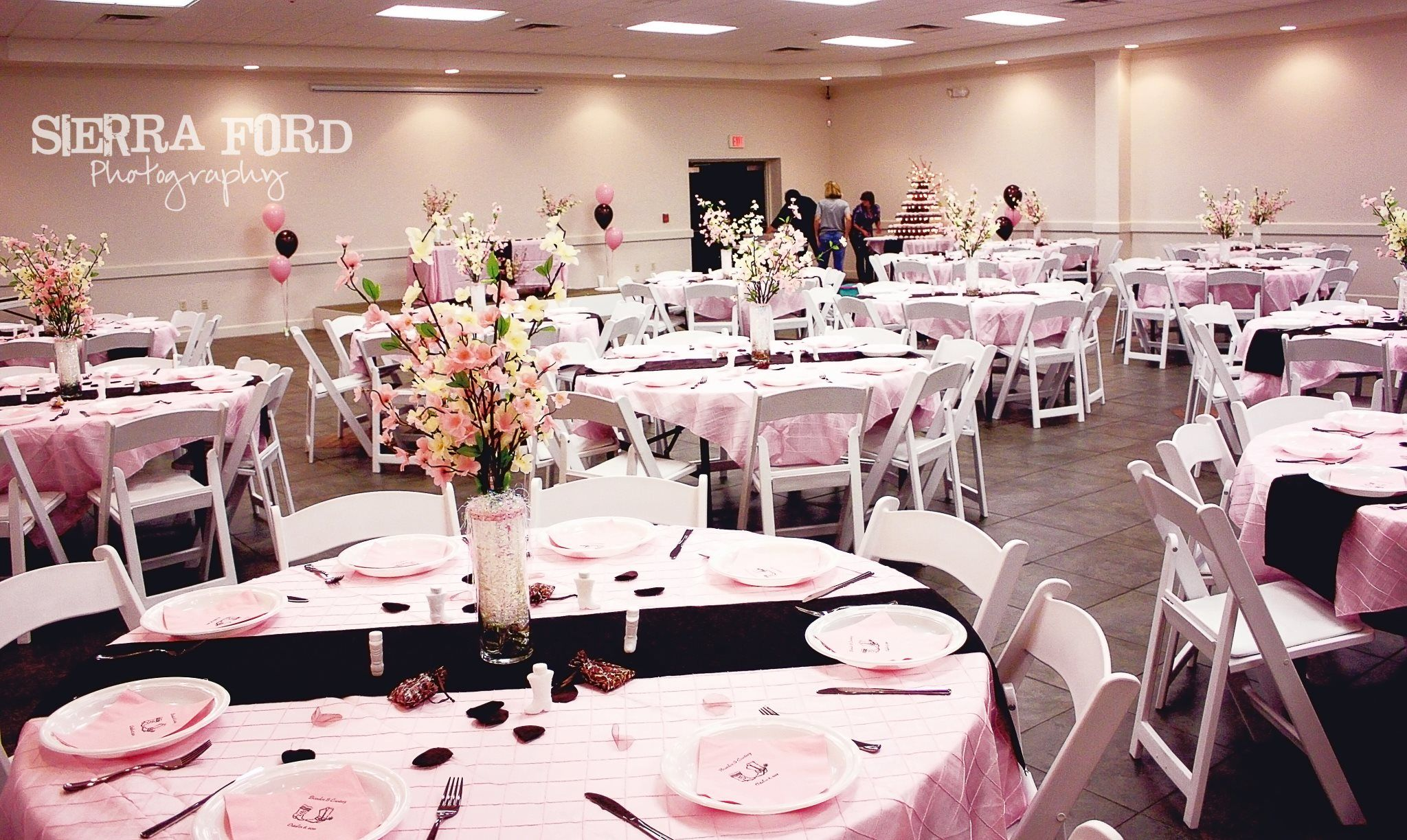 A pink and brown wedding I coordinated ) Brown wedding