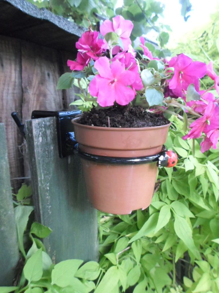 Quality Made Clamp on Plant Pot Ring