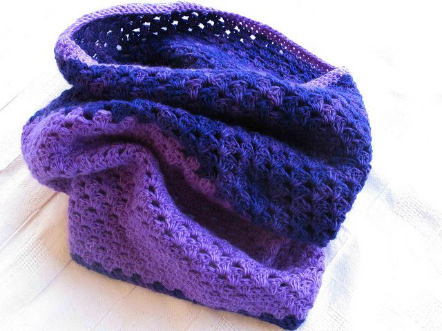 blinkies Two Toned Cowl  Crochet Cowl by Purl Soho. malabrigo Lace, Jacinto and Purple Mystery colors.