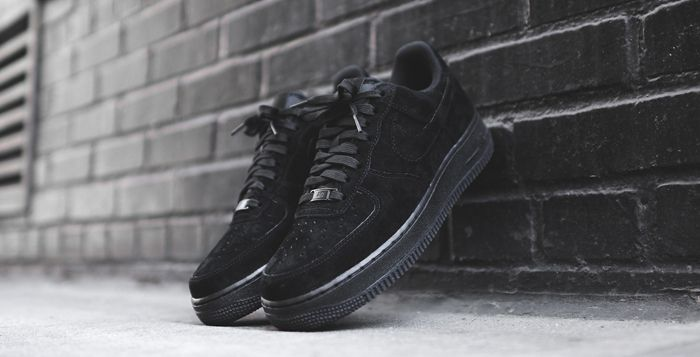 nike air force 1 low triple black suede купить телефон