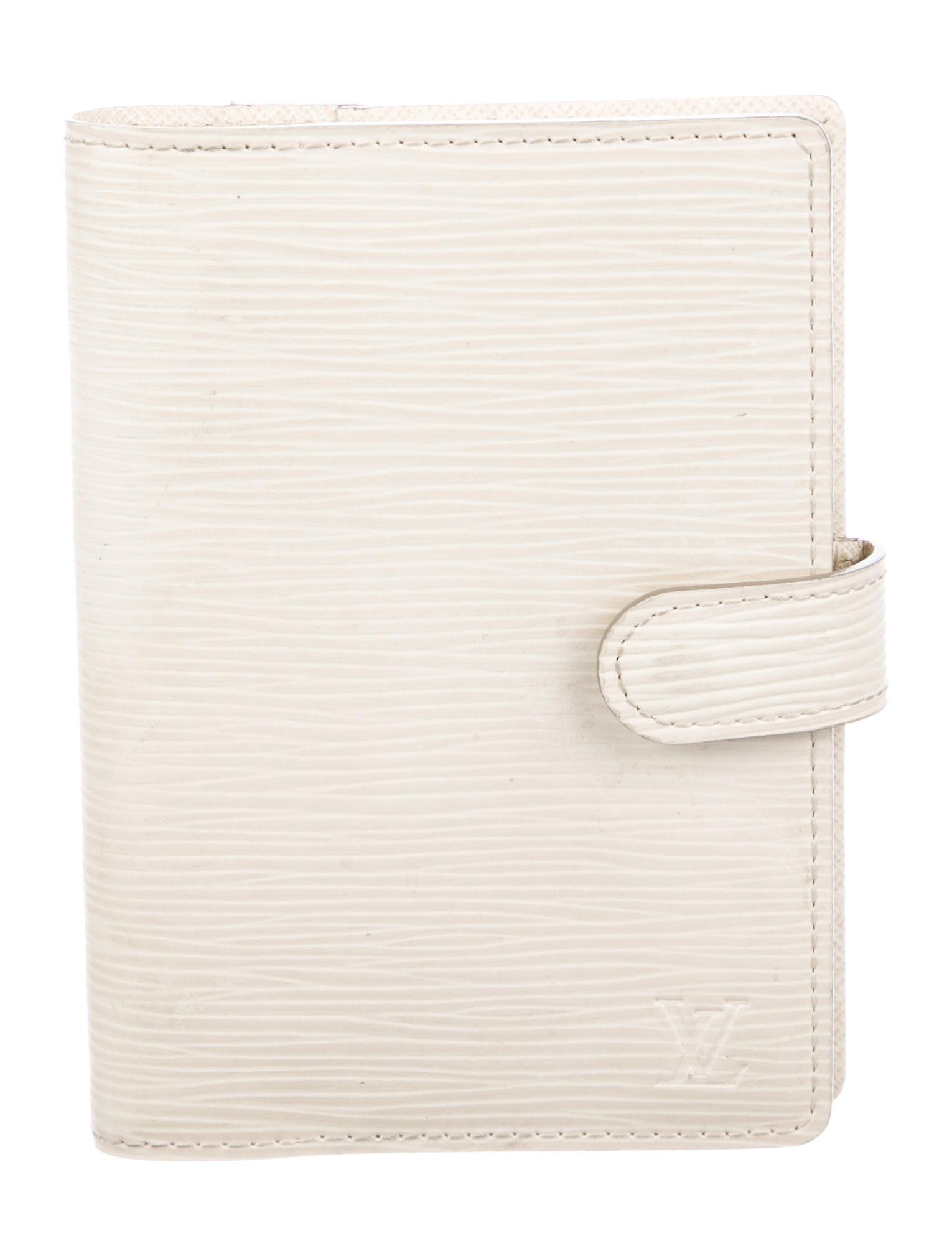 303cd293de2a3 Ivory Epi leather Louis Vuitton small ring agenda cover with 3 card slots