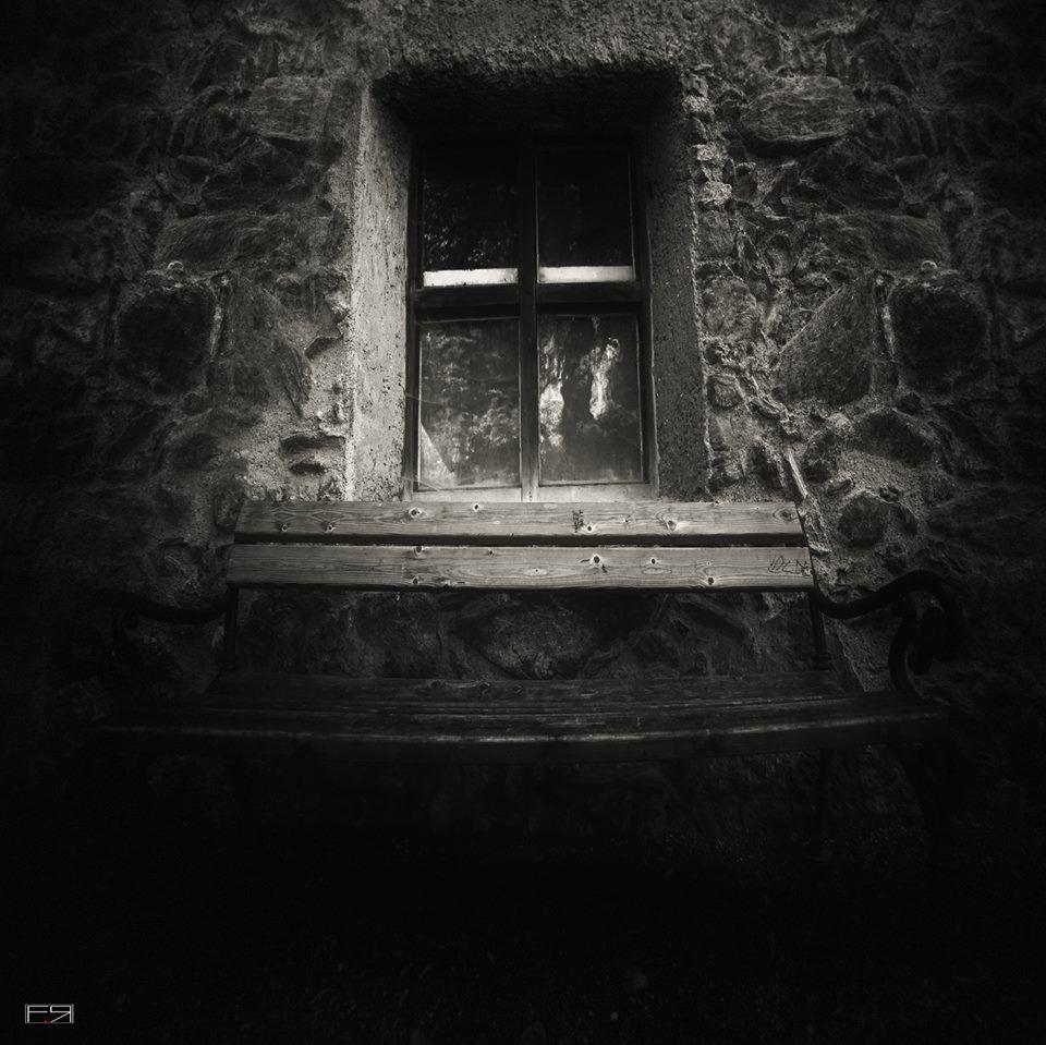 Filippo Rizzi Photo*****    The secret window