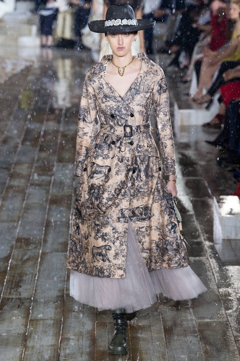 7eacaf3f6610a Dior Spring Summer 2019 Resort