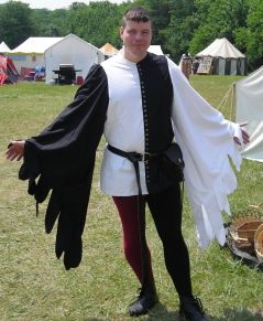 site also has pattern for cotehardie (ignore the sleeves) - good for doublet measuring