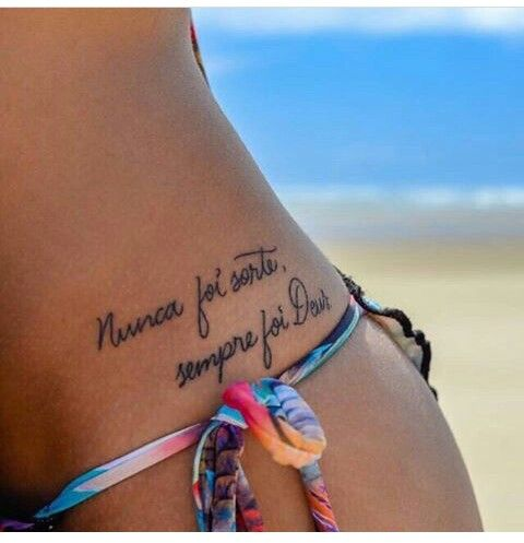 Tatoo No Quadril Frases Para Tatuagem Feminina Tatuagem E