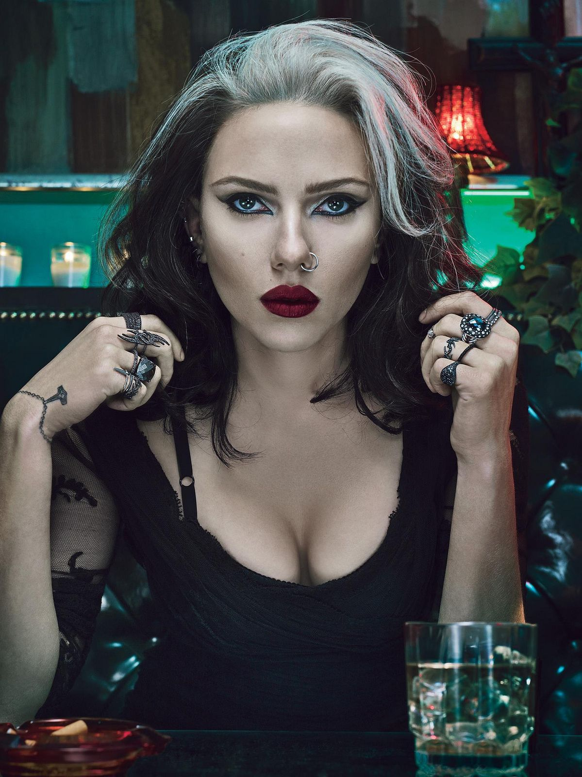 Scarlett Johansson repping the 90s in 'W' Magazine. She's looking a lot  like #Rogue from #XMen.