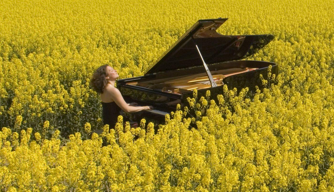 """""""Sådan lyder landet"""" - en serie i fem afsnit fra DR P2, der giver et musikalsk lydbillede af et land pr. afsnit."""