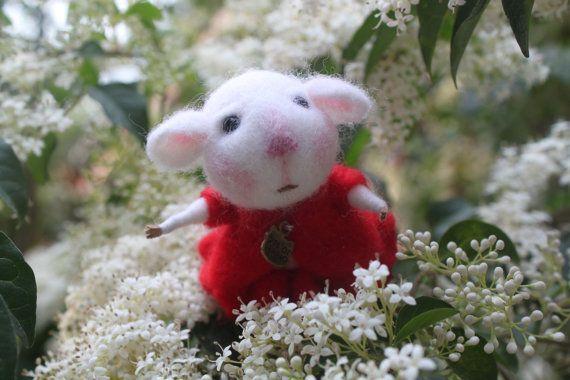 Handmade little wool needle felt cute mouse on Etsy, $39.98