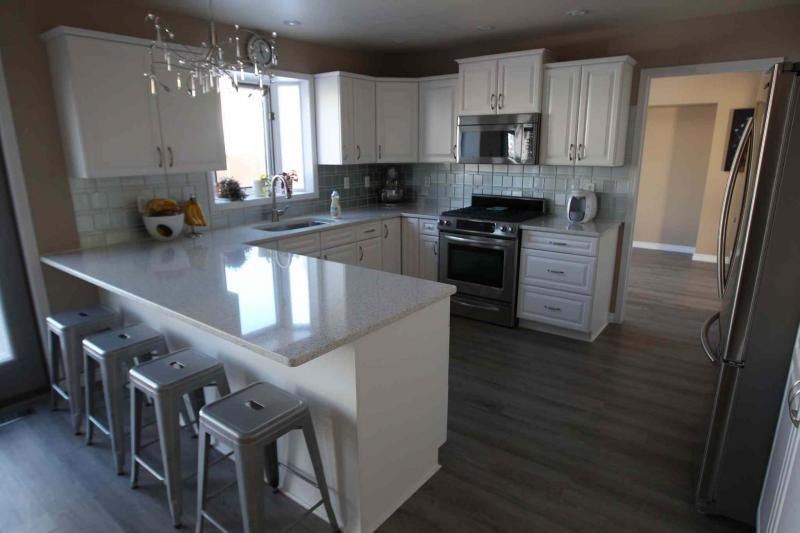 Great place to raise a family winnipeg free press homes for U shaped dining room