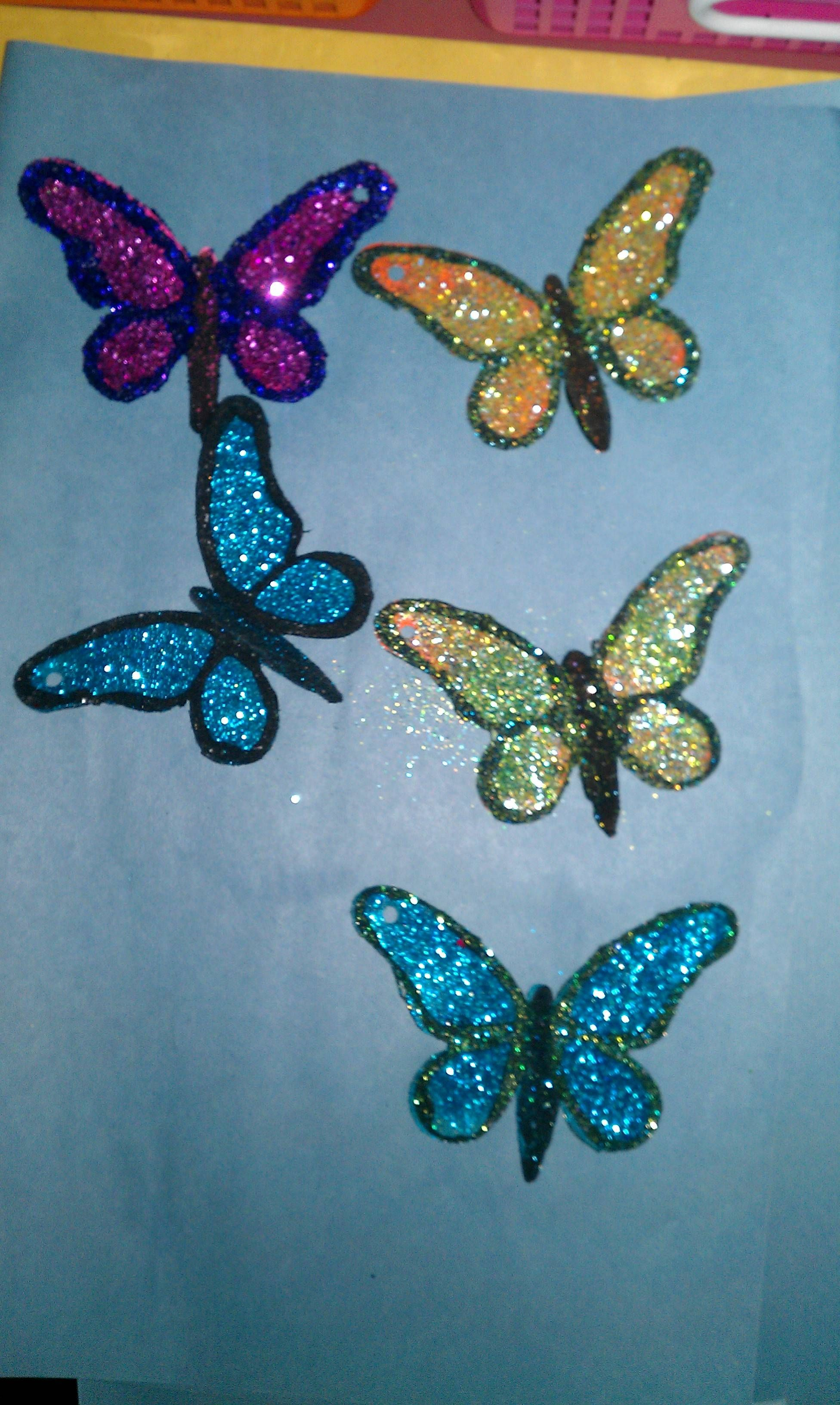 Pin by Carol Galagan on Teaching School Crafts & Projects | Glitter art,  Crafts, School crafts