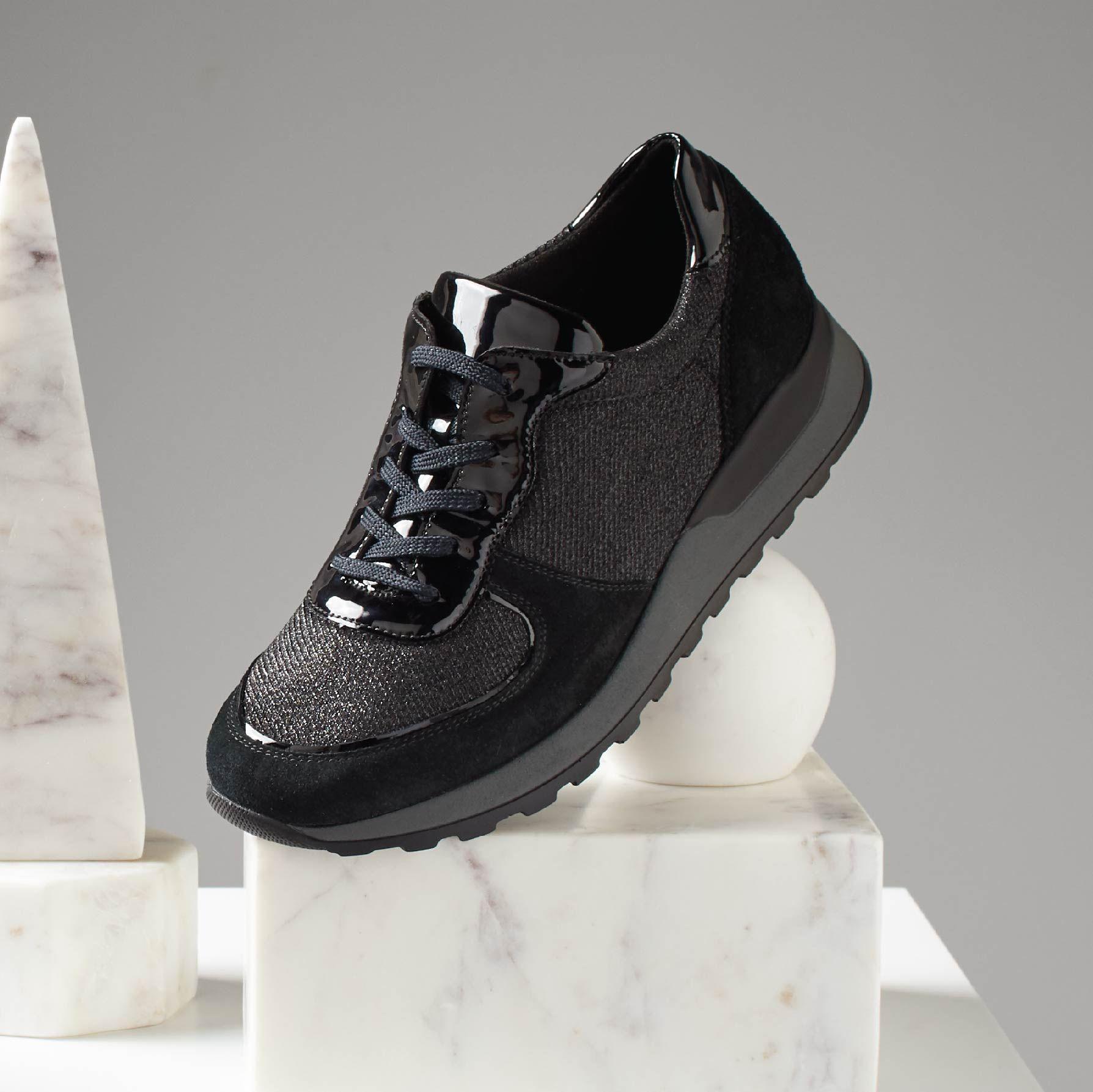 pretty nice 4853f aa9bb Waldlaufer welty | Autumn Winter 2018 | Sneakers nike, Nike ...