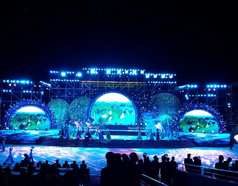 Habeco Music Festival Stage Design On Behance Stage Lighting Design Concert Stage Design Stage Design