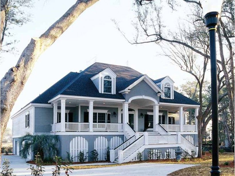 Country Style House Plan 4 Beds 3 Baths 3590 Sq Ft Plan 37 253 Southern House Plans Charleston House Plans New House Plans