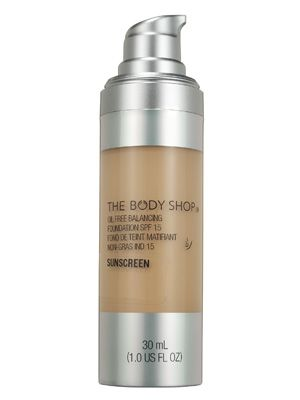 The Body Shop Oil-Free Balancing Foundation SPF 15