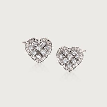 Roberto Coin 18k Diamond Heart Stud Earrings yCok11GCk