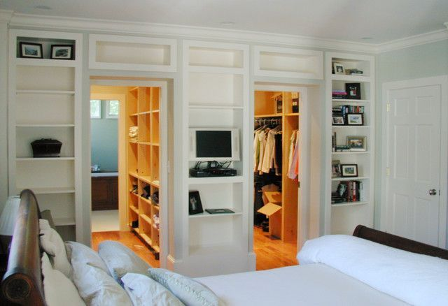 Bathroom And Walk In Closet Designs Simple Master Bedroom His And Her Walk Though Closets To The Bathroom Design Decoration