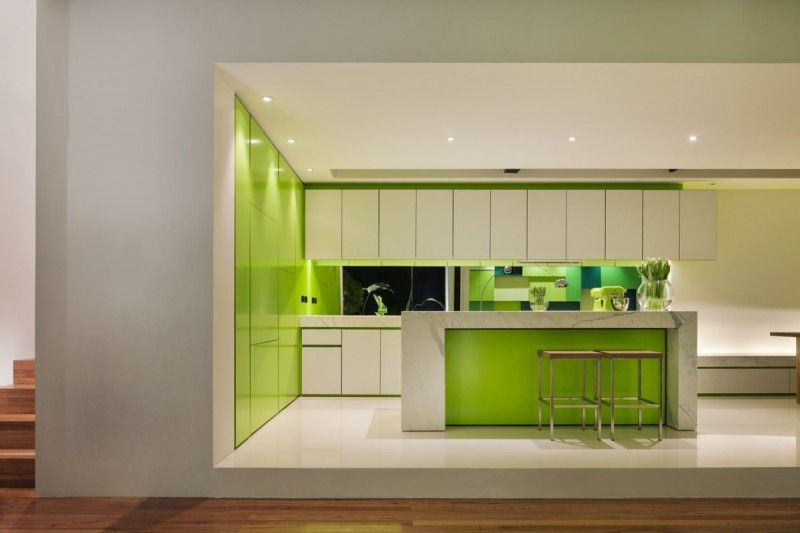 Architecture, Excellent Shakin Stevens House Kitchen Set: Amazing Shakin  Stevens House With Natural Sense