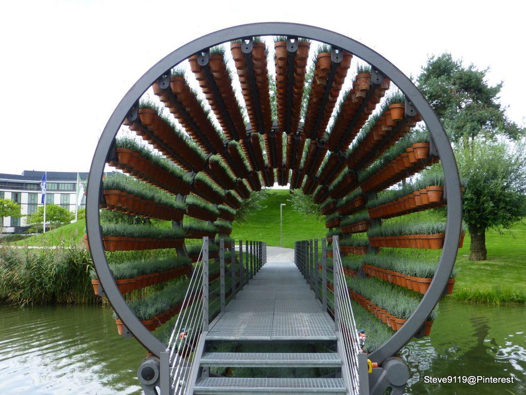 Rotating Plant Tunnel Wolfsburg, Germany Aquaponics