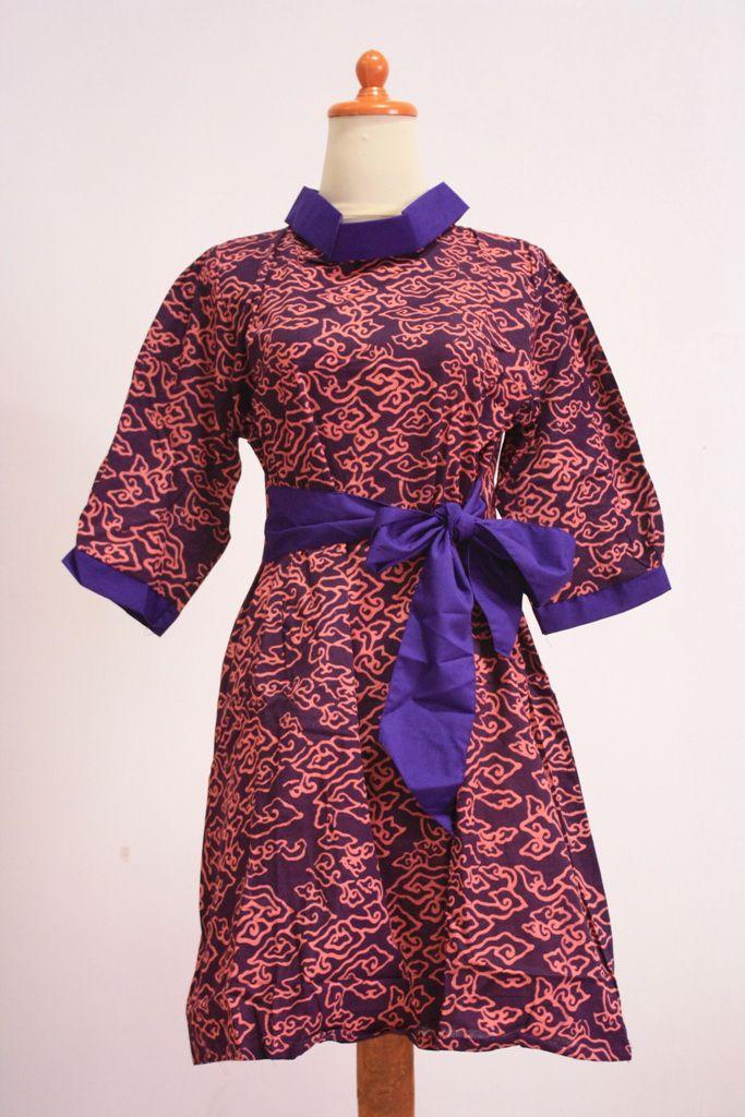 Model Baju Batik Wanita Lengan Pendek