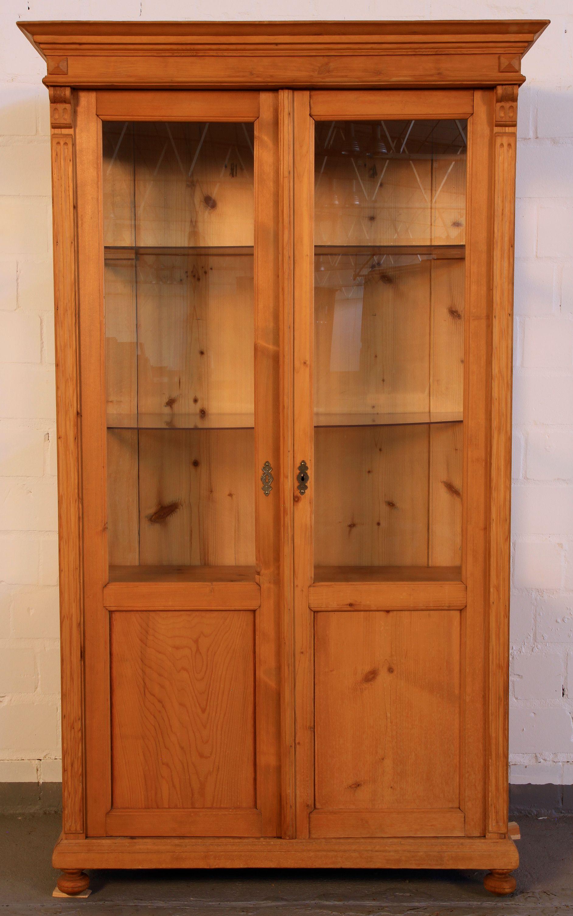 kleine gr nderzeit weichholz vitrine epoche gr nderzeit holzart weichholz ma e h he 170 cm. Black Bedroom Furniture Sets. Home Design Ideas