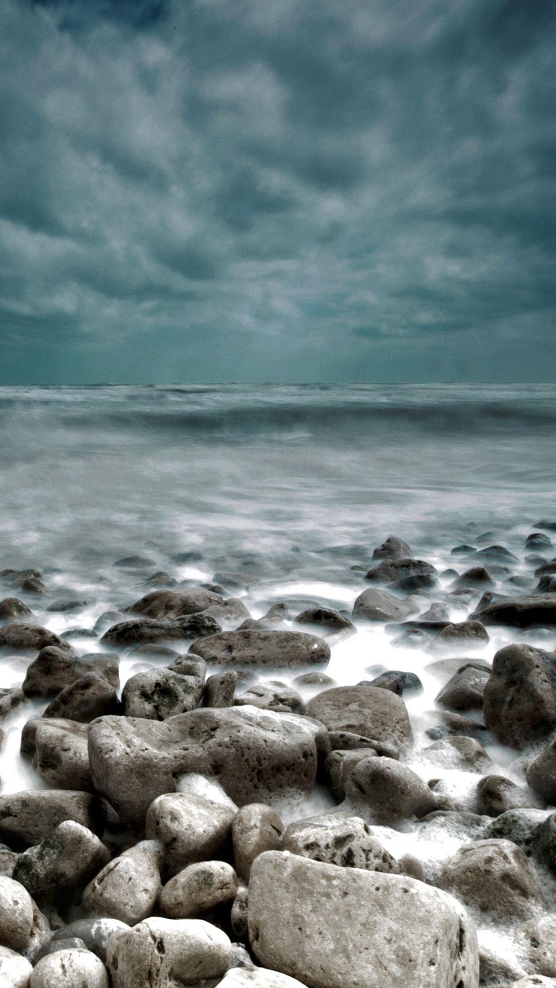 Rough Sea Rocks Waves Lockscreen iPhone 6 Plus HD Wallpaper