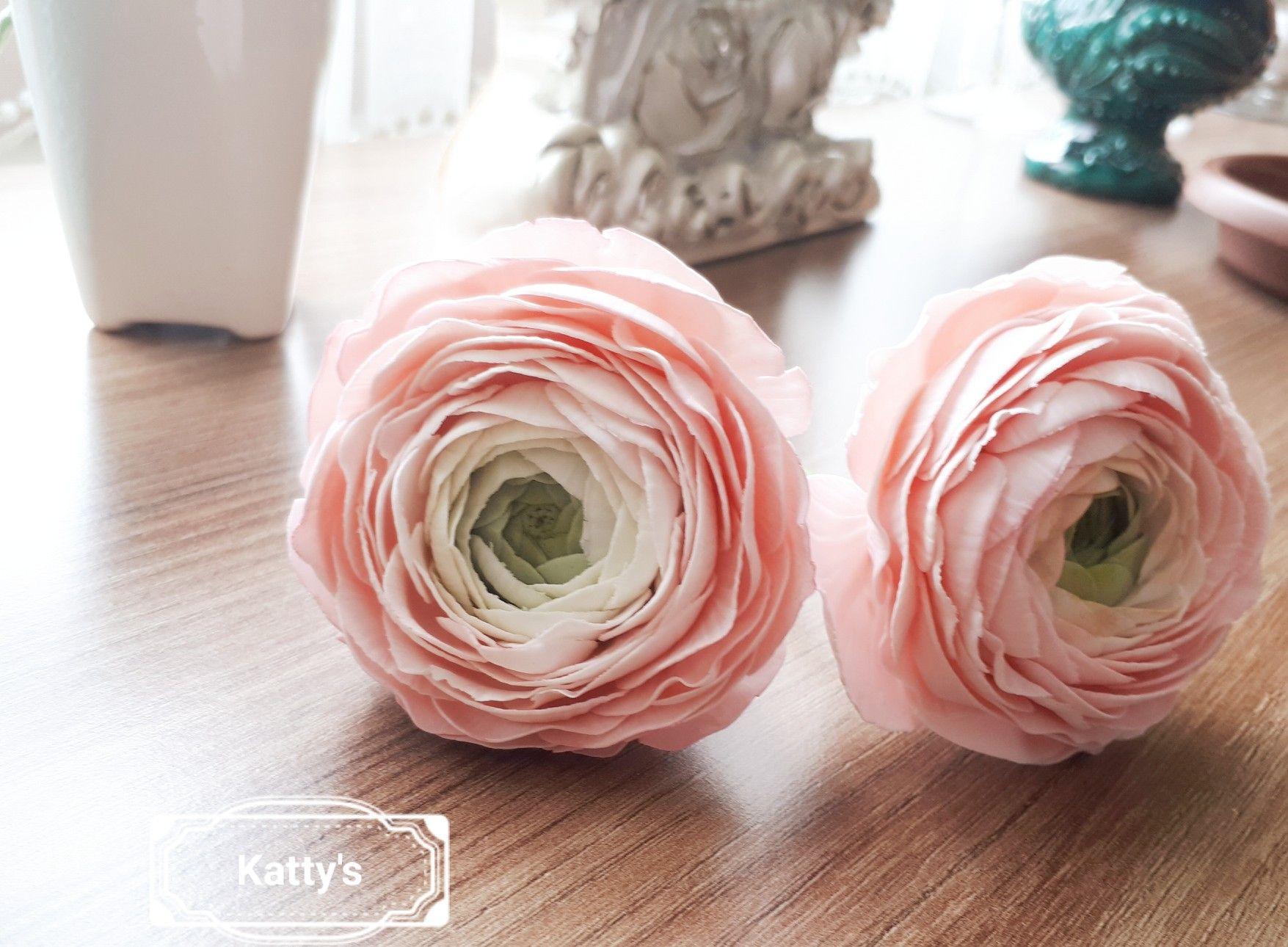 Sugar Ranunculus By Katty Fiori Ranuncolo Pasta Di Zucchero