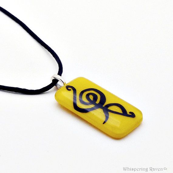Hakuna Matata Pendant - No Worries - Worry Stone - Worry Necklace - Hand Painted Fused Glass