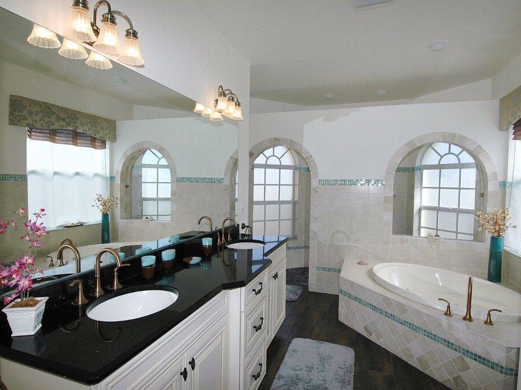 Master bedroom with jacuzzi ideas  Master ensuite with walk in shower and jacuzzi tub  Cape Coral
