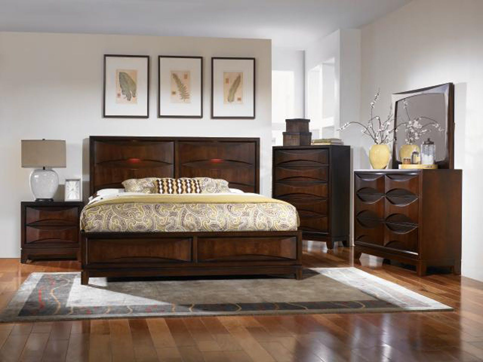 glossy laminate wood flooring for thomasville bedroom furniture and