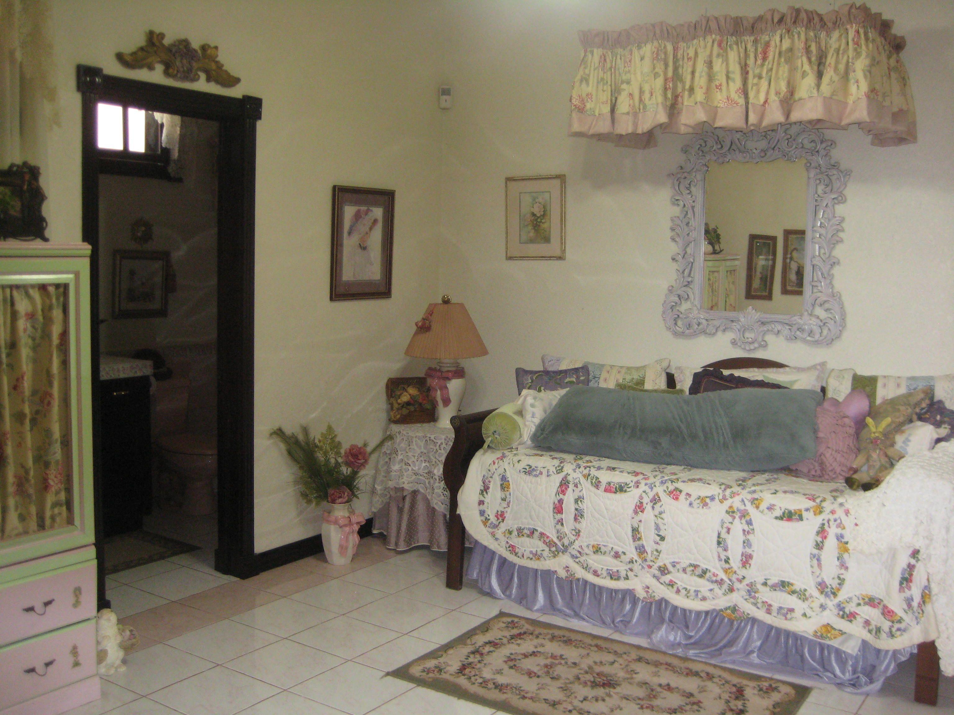 http://ackermanrealtyinternational.com/property/cuidad-colon-home/ ... #CostaRicaLuxuryRealEstate - Costa Rica Luxury Real Estate #BuyCostaRicaLuxuryRealEstate - Buy Costa Rica Luxury Real Estate