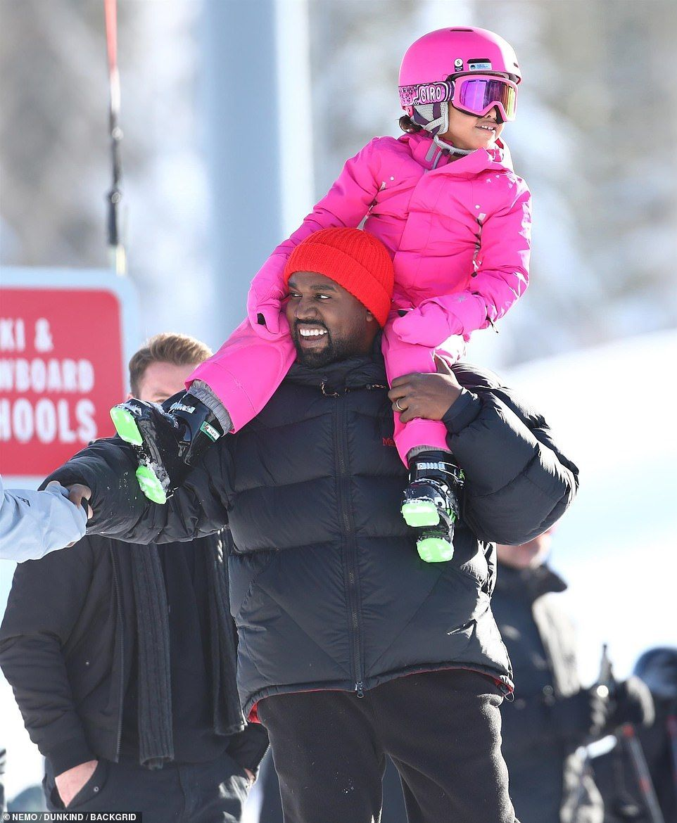 056ee5d1dae4b6 Doting dad  Kim s husband Kanye West looked every inch the doting dad as he  carried adorab...  kanye  northwest  aspen  dailymail  skiing  skiingoutfit    ...