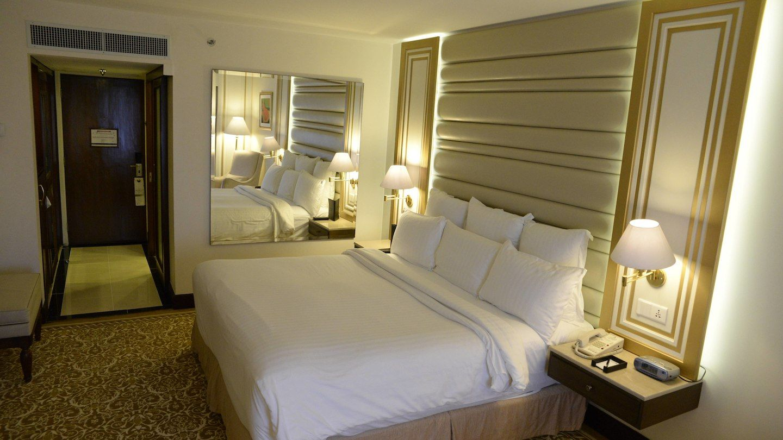 Karachi marriott hotel deluxe king sleeping area the tour journal