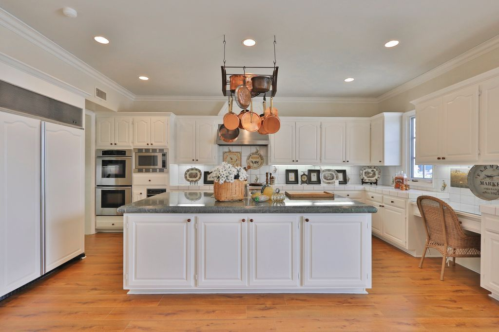 """Traditional Kitchen with Distinctive 30""""/27"""" Double Wall ... on Traditional Kitchen Wall Decor  id=90977"""