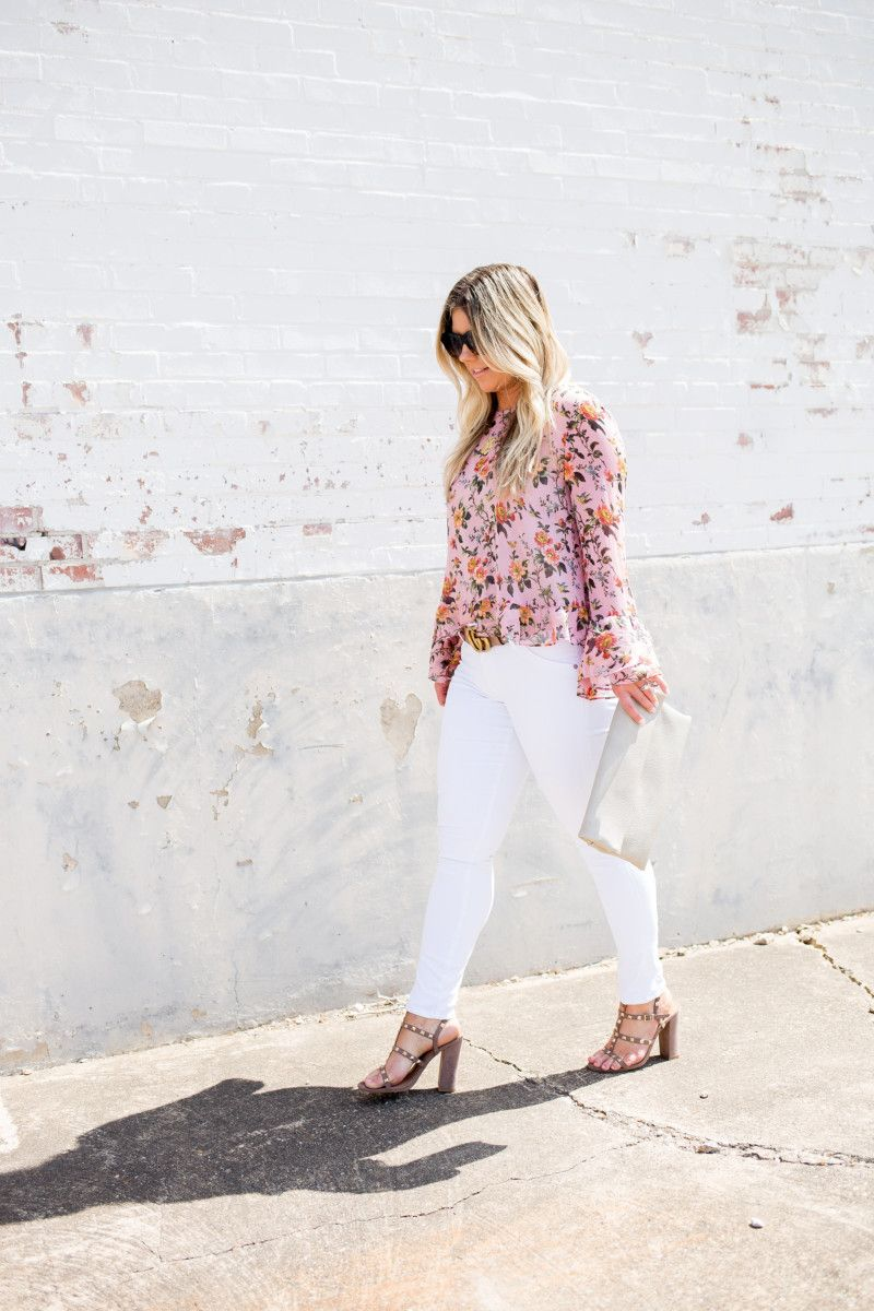 8ccf0199c Flynn Skye dress    Neutral Summer Dress    Side Slit Neutral Summer Dress     Chan Luu jewelry    Planet Blue Dallas    Gold Mirrored Sungl…