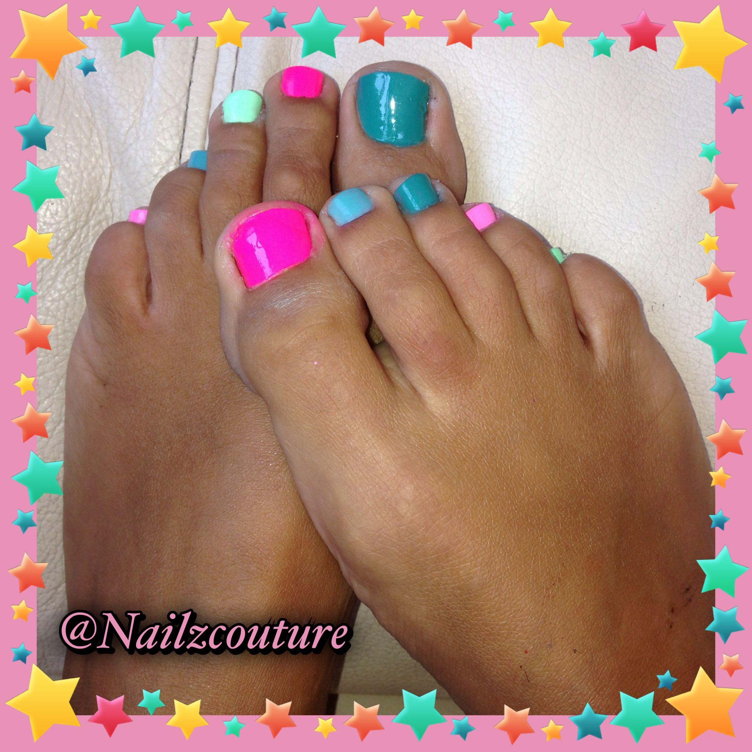 rainbow toe nails nail art