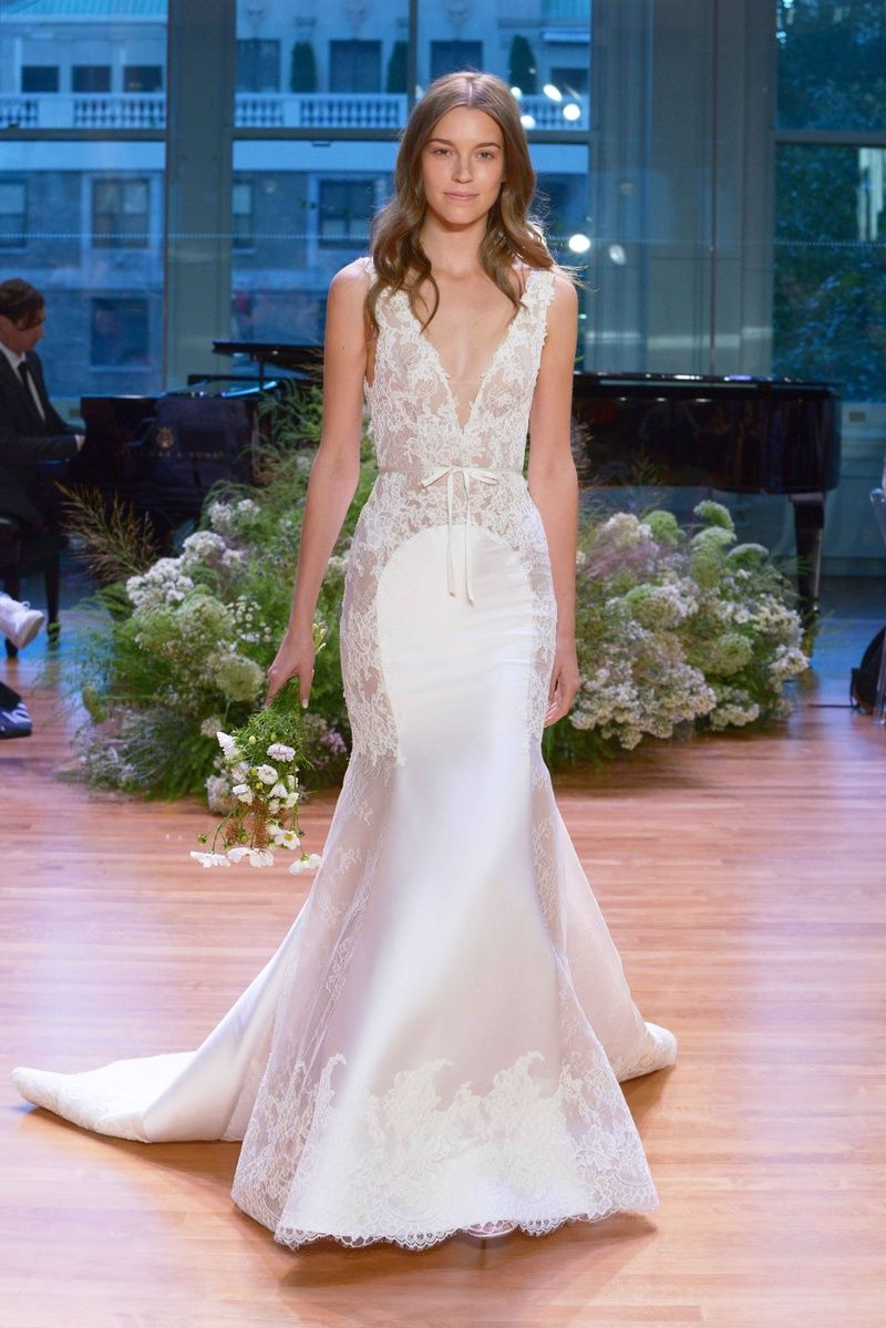 Luxurious, Whimsical Gowns from Monique Lhuillier Fall 2017 ...
