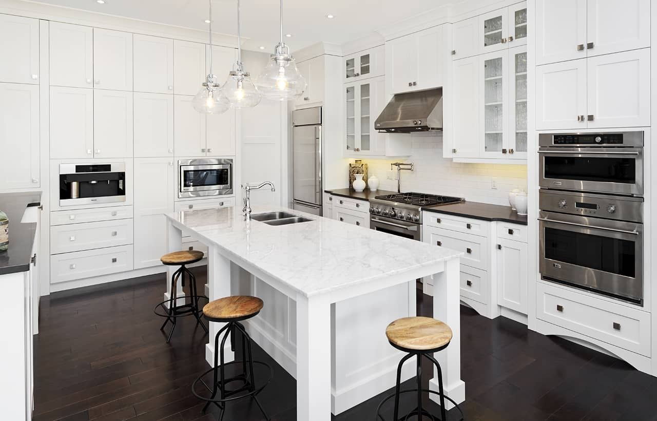 New And Custom Kitchens Calgary Legacy Kitchens Kitchen Design Small Modern Kitchen Design Kitchen Cabinet Design