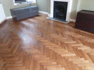 Golden Oak Laminate Flooring B And Q Parkay Flooring Flooring Types Of Wood Flooring