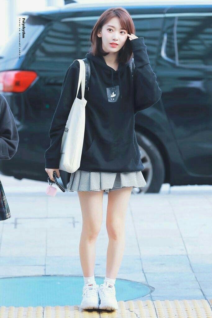 Pin by Min Yoongi Suga on ☆BTS ☆ Fashion ☆ Style☆   Korean fashion kpop bts, Korean fashion kpop