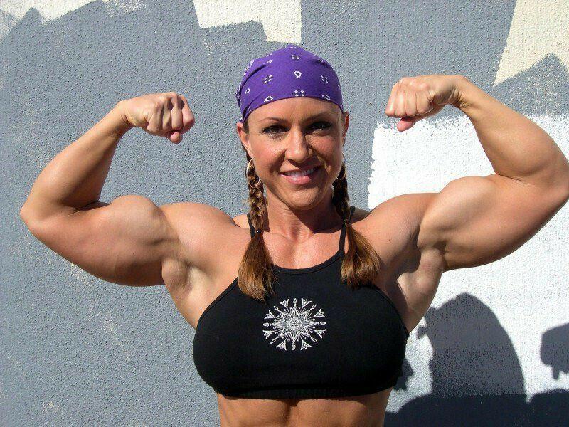 Pin von Kaffe Latte auf Muscular ladys | Bauchmuskeln