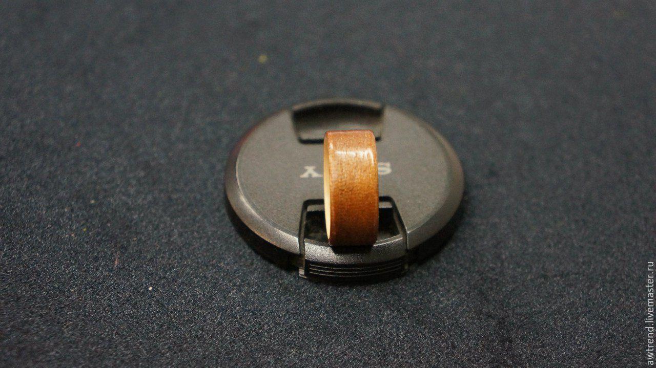 Купить Широкое кольцо из древесины Мербау и Эвкалипт - деревянное кольцо, необычное кольцо, ручная работа