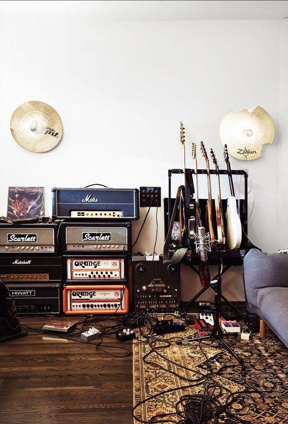 6 Biggest Home 2020 Trends According To Pinterest By Dlb Doris Leslie Blau Antique Vintage Rugs Audio Room Music Room Decor Music Studio Room