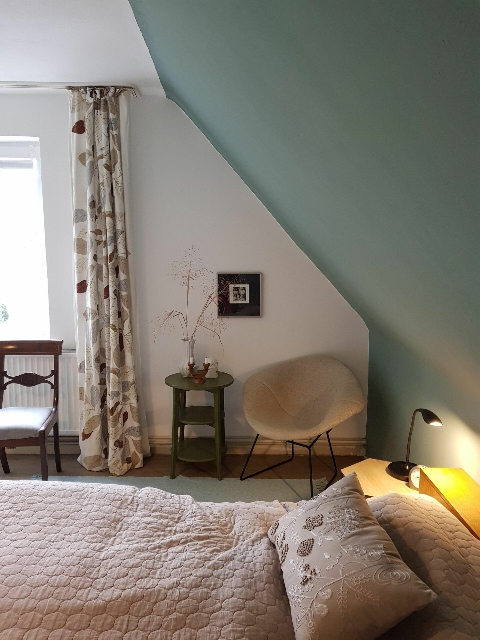 Kleines Schlafzimmer Mit Schr臠e Einrichten