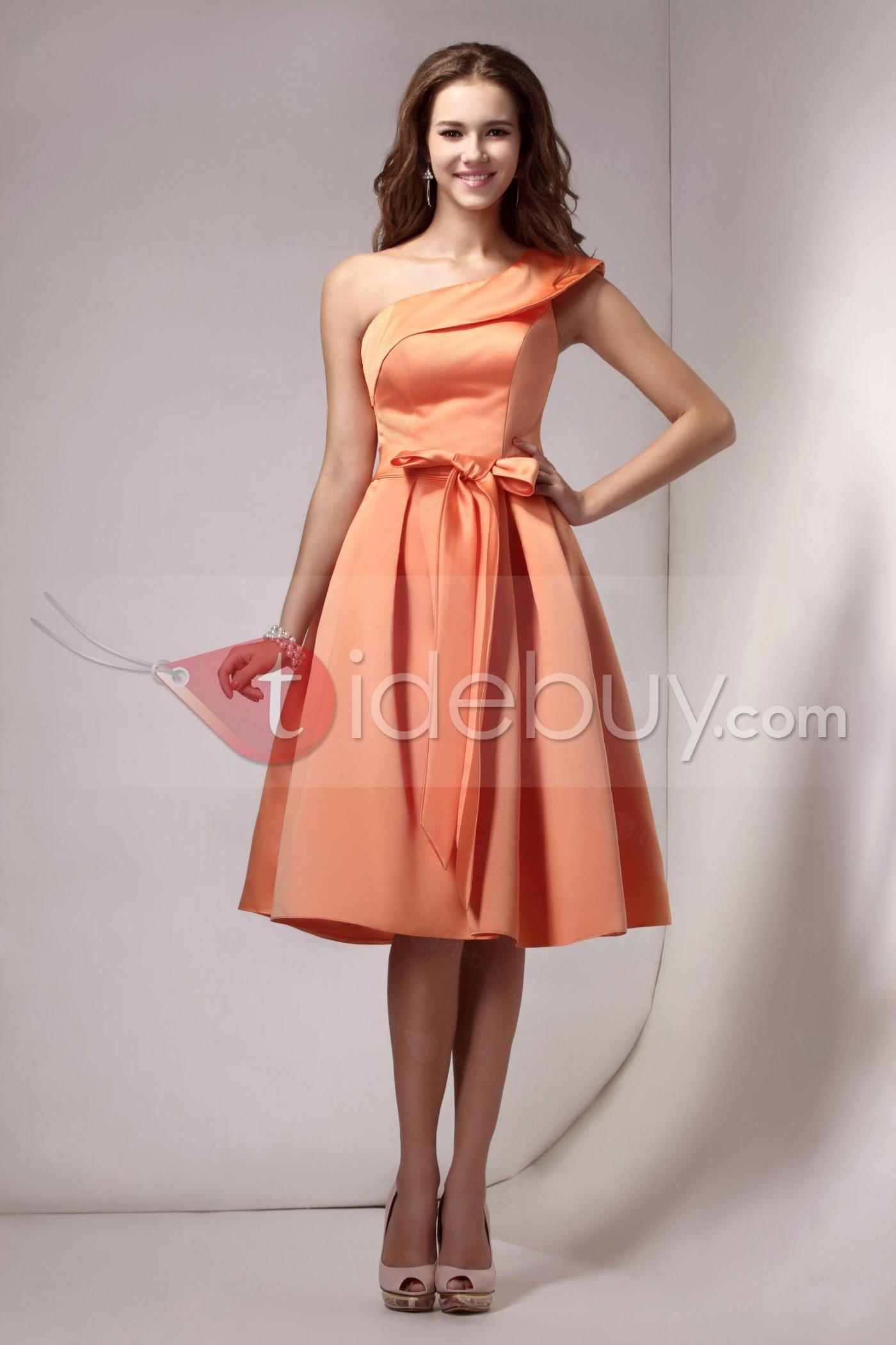 Vestido curto; coral; ombro único; saia godê | Festa! | Pinterest