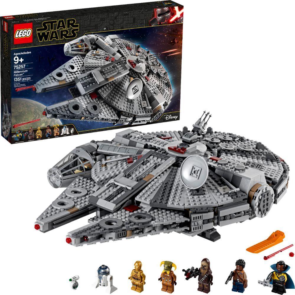 Lego Star Wars Millennium Falcon 75257 In 2020 Lego Star Wars Millennium Falcon Lego Star