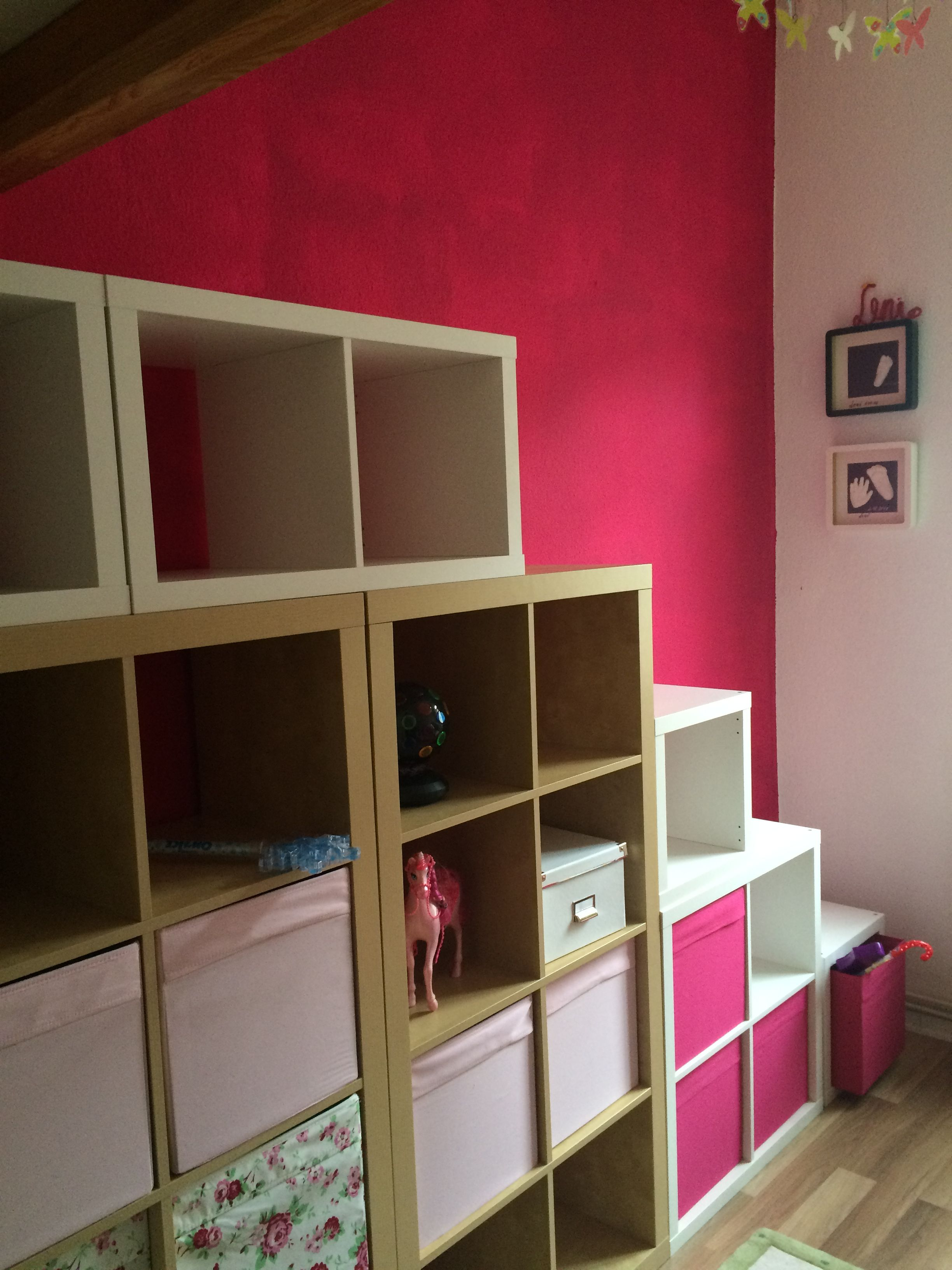 die treppe nimmt formen an dank ikea und kallax und. Black Bedroom Furniture Sets. Home Design Ideas