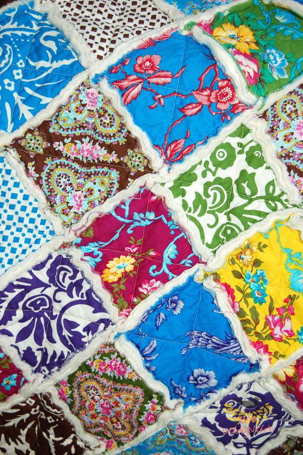 Rag Quilt With A Charm Pack Thedesignest Com Ragquilt